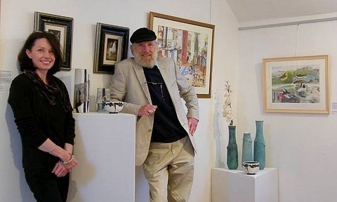 tracy hall with her dad, potter John Struthers at a joint exhibition